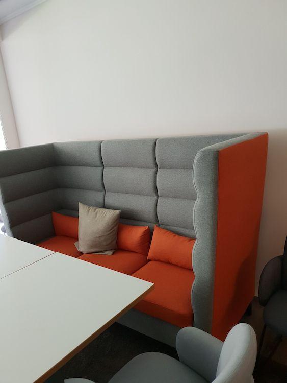 Fluidumn Sofa